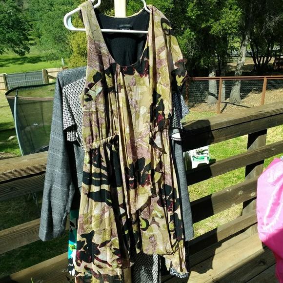 BCBGMaxAzria Dresses & Skirts - One sleeve asymmetrical hem top or mini dress